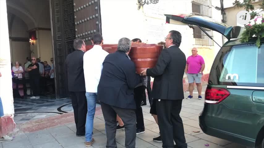 Último adiós en la iglesia conventual del Carmen a Lolo Picardo Lobato