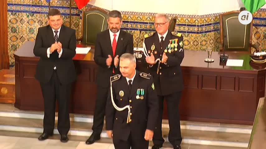 El Ayuntamiento rinde homenaje a la Policía Local de Rota
