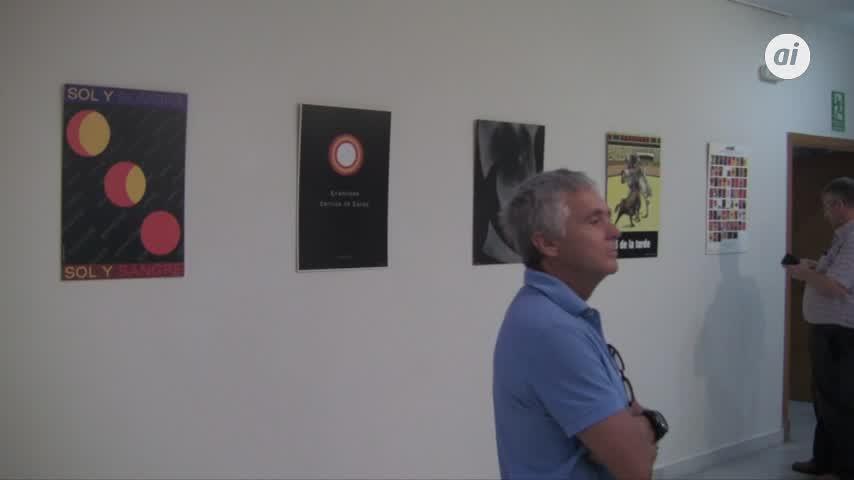 Inaugurada en la Casa de la Cultura la exposición taurina 'Ooolé!'