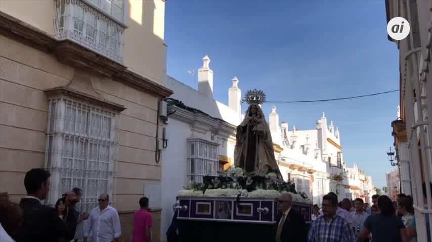 Procesión de la Virgen del Carmen de los vecinos de Patrona del Mar