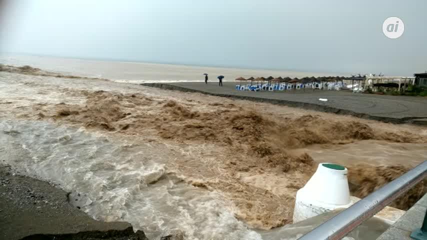 Imágenes impresionantes de las lluvias torrenciales en Estepona