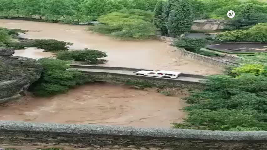 La lluvia derriba uno de los muros de los baños árabes de Ronda