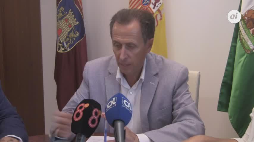 Ayuntamiento y Consejo de Hermandades rubrican un nuevo convenio