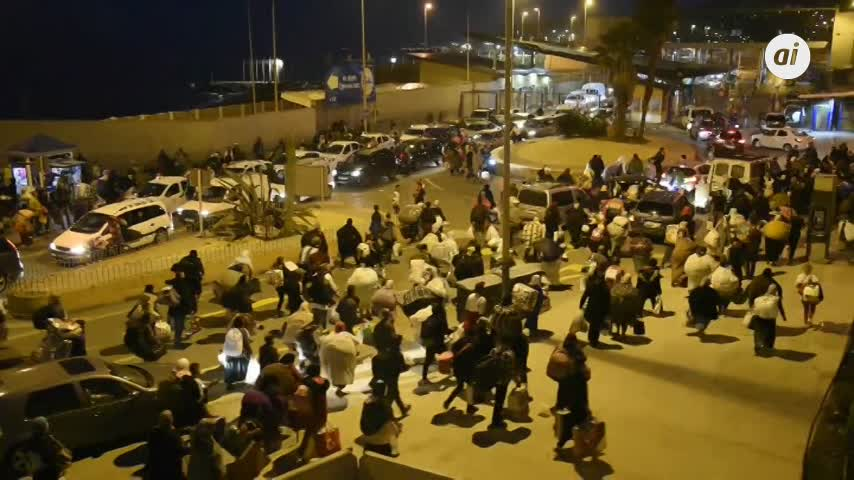 Los antidisturbios impiden una salida en avalancha en Ceuta