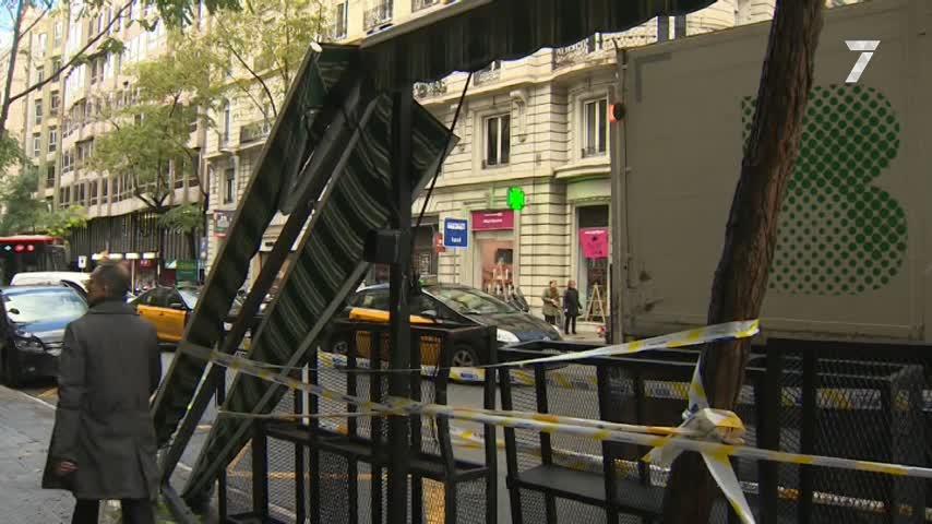 Un conductor pierde el control y arrolla a peatones en Barcelona