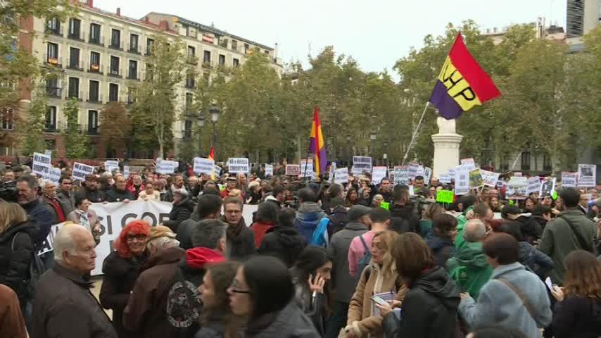 Concentraciones y caceroladas en España por la sentencia hipotecaria