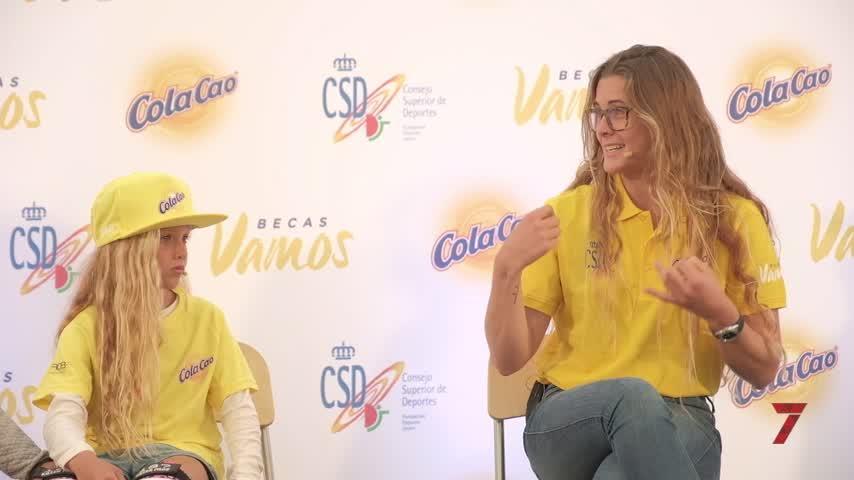Gisela Pulido y Carla Moreno inauguran el renovado skatepark de Tarifa