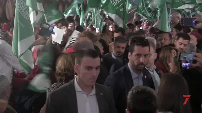 """Sánchez anuncia que subirá el SMI """"con o sin el apoyo"""" de PP y Cs"""