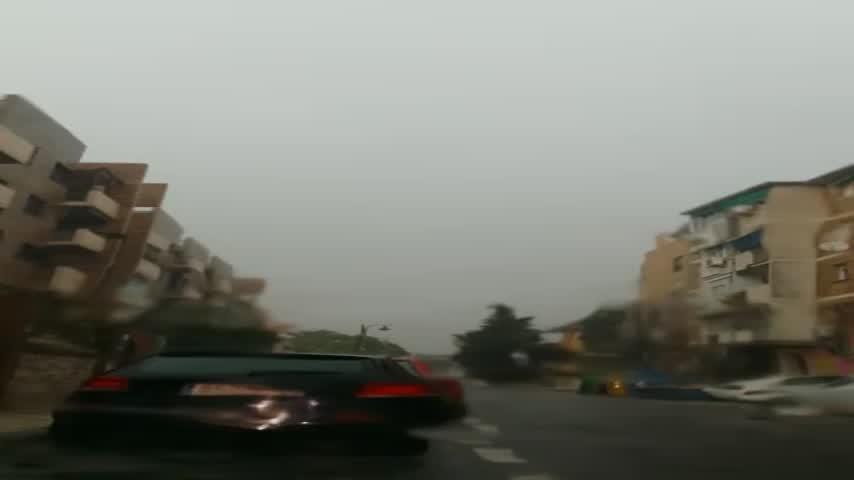 Destrozos por un rayo en la ultima planta de un edifico en Málaga