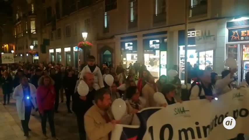 Unos 300 médicos se manifiestan en Málaga en apoyo a la huelga