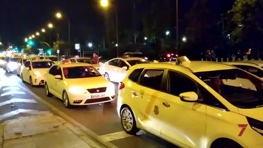 """Élite calcula unos """"500 taxis"""" en su nueva protesta y prepara dos más"""