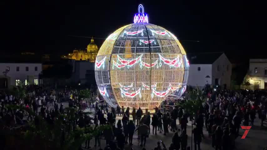 Jerez alumbra la llegada de la Navidad a sus calles y plazas