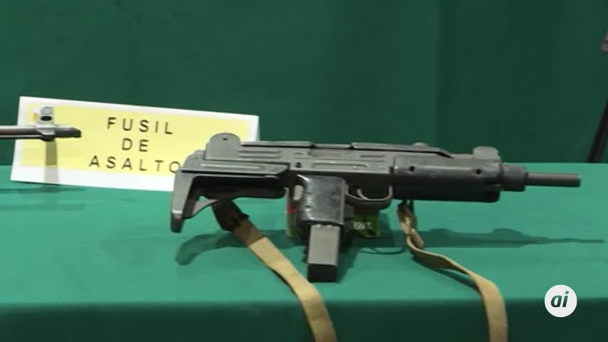La Guardia Civil detiene a cuatro personas e interviene 322 armas
