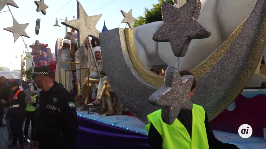La Cabalgata de Reyes pone el broche a las largas fiestas navideñas