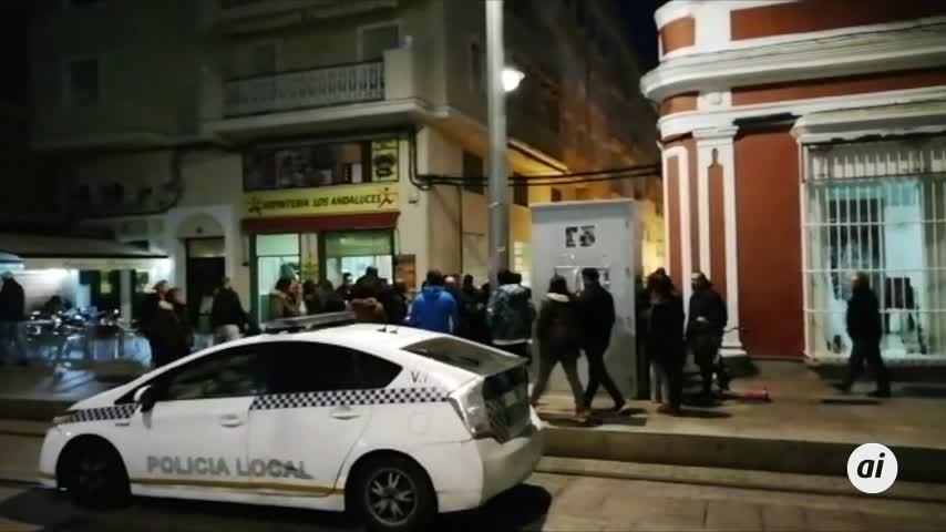 Sofocan un incendio en una vivienda situada en la calle Pizarro