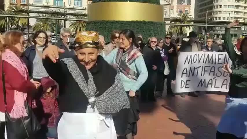 Las mujeres salen a la calle, la historia se repite 101 años después