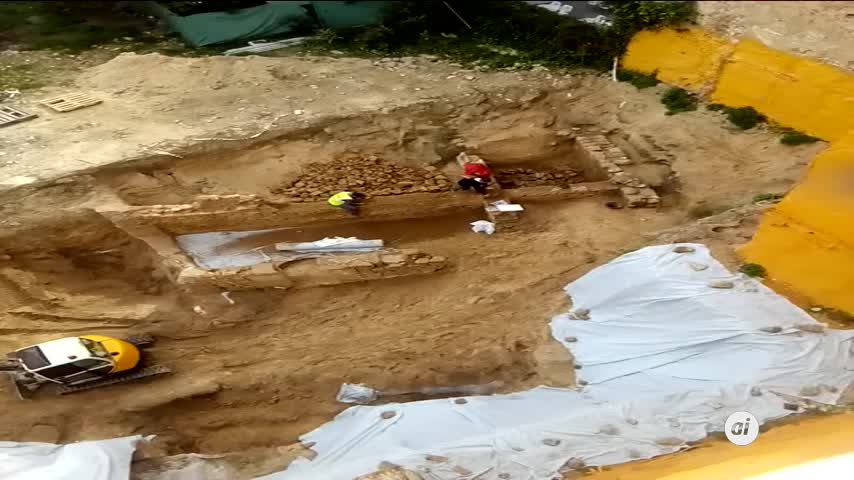 Los vecinos denuncian el desmontaje de restos almohades en Barrocal