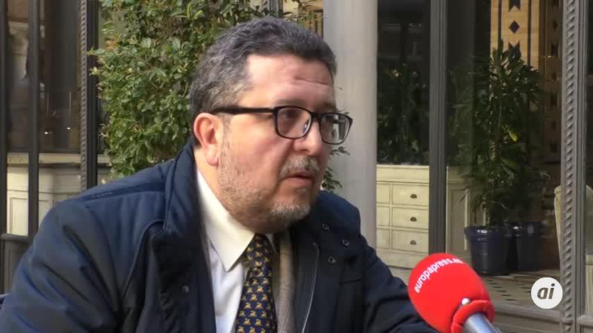 Serrano se reunirá con Moreno por los presupuestos andaluces
