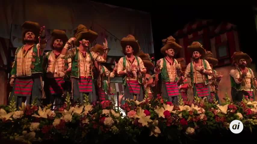 Buena pluma para la primera semifinal del Carnaval de Málaga