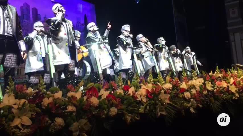 Batalla de coplas sobre las tablas del Teatro Cervantes