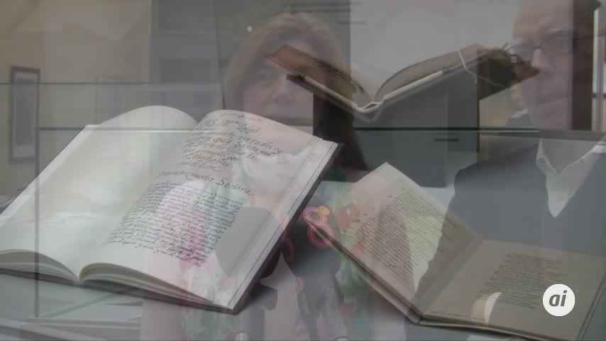 La exposición 'De Puño y Letra. Manuscritos Literarios' llega al Museo