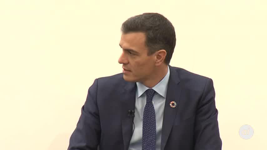 Sánchez donará a los sintecho lo que gane con 'Manual de Resistencia'