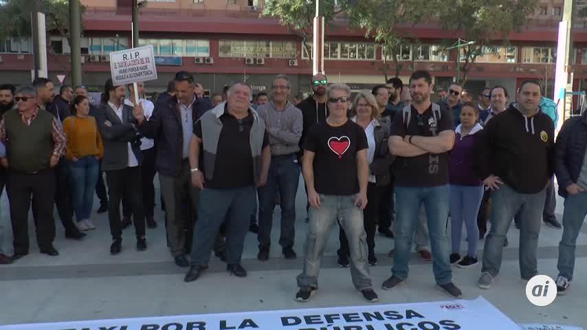 Los taxistas piden la regulación de las VTC antes de Semana Santa