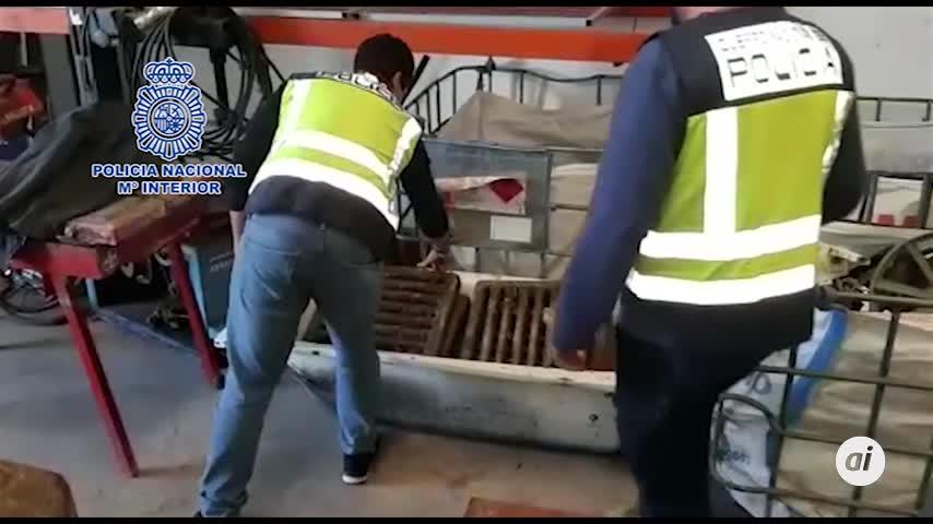 Detenidos por robar 375 tapas de alcantarillas de varias localidades