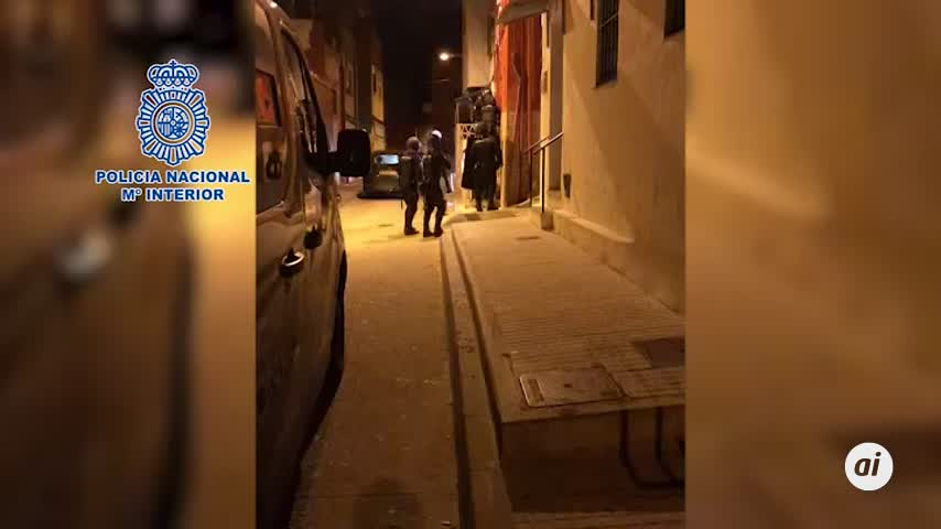 Veinte detenidos en Algeciras de tres clanes de menudeo de drogas