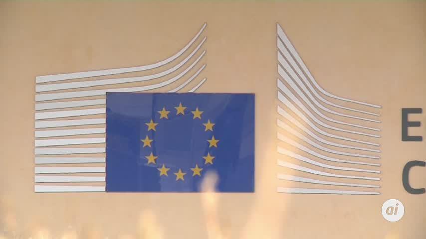 Bruselas multa a Google con 1.490 millones euros por abuso