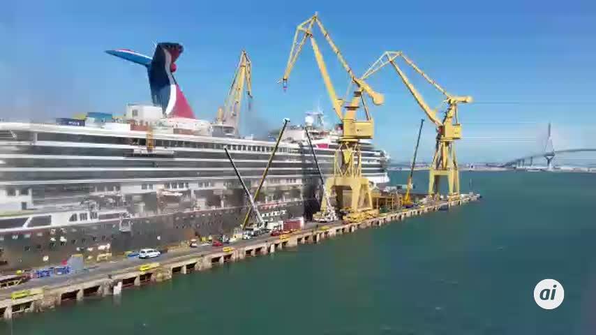 Un incendio en el crucero 'Carnival Triumph' se queda en un gran susto