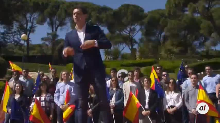 Rivera plantea una tarjeta sanitaria única en toda España
