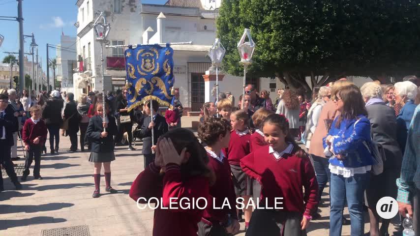 La Salle también saca su procesión por los alrededores del colegio