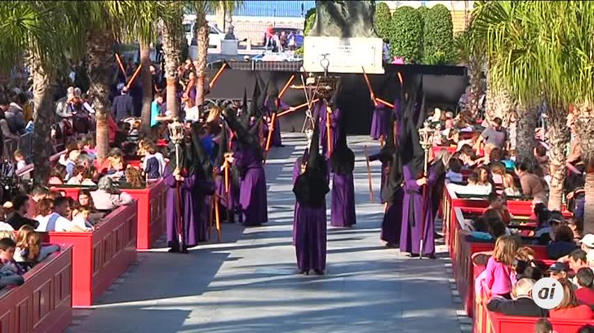 Cádiz se llena de Piedad el Martes Santo