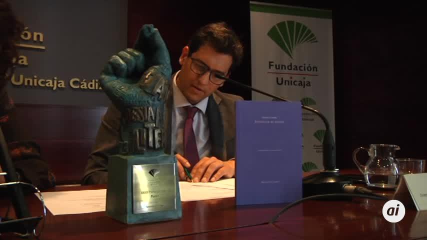 Olalla Castro recoge el XXXIII Premio Unicaja de Poesía