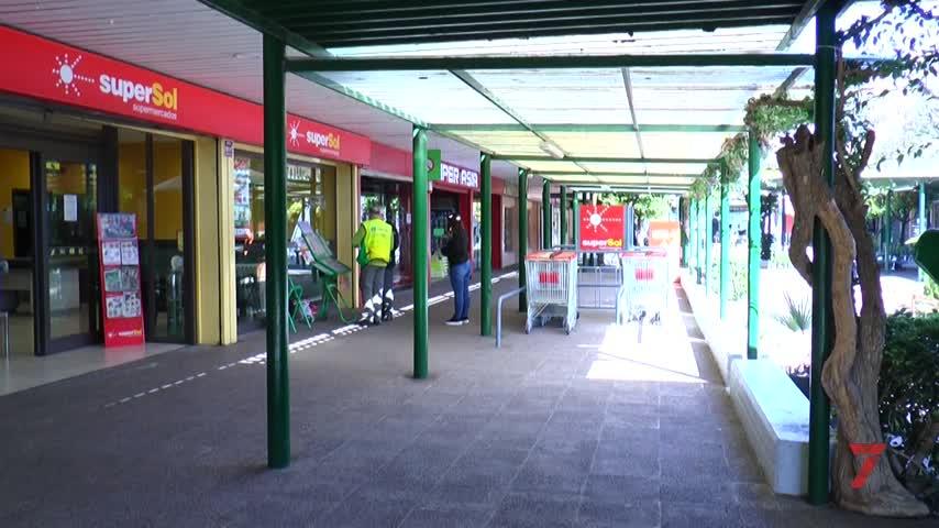 Supersol sigue adelante con el cierre en Merca 80 y dos tiendas más