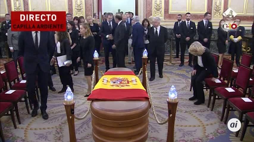 Los restos mortales de Pérez Rubalcaba son velados en el Congreso
