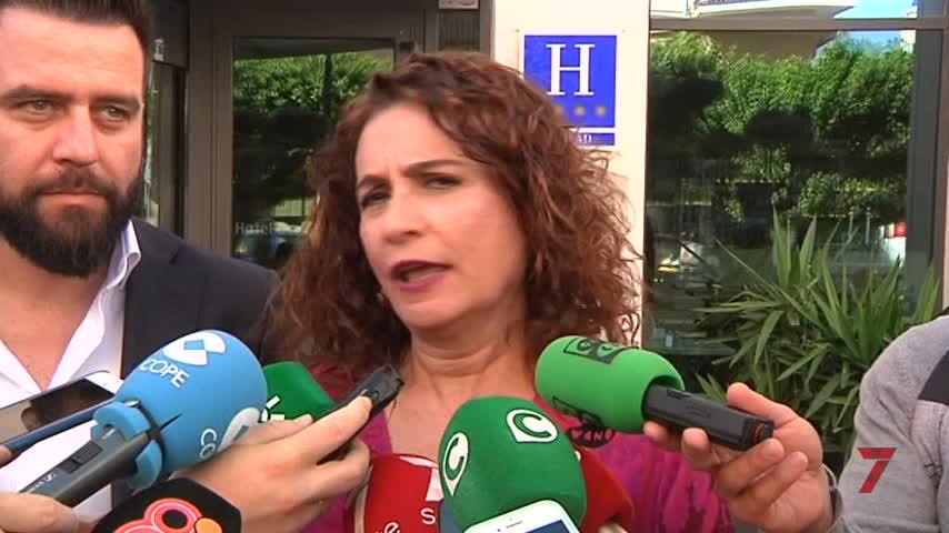 Doblete de ministros para apoyar a Fran González
