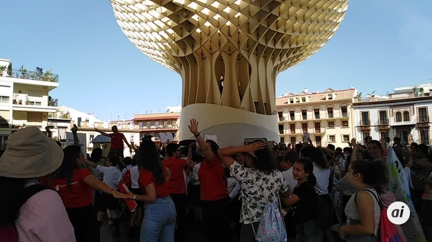 """Sevilla dice """"no a la guerra contra la infancia"""""""
