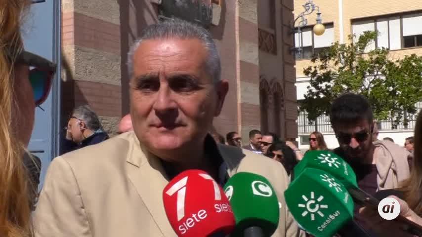 Cádiz despide entre lágrimas a la pluma más afilada del carnaval