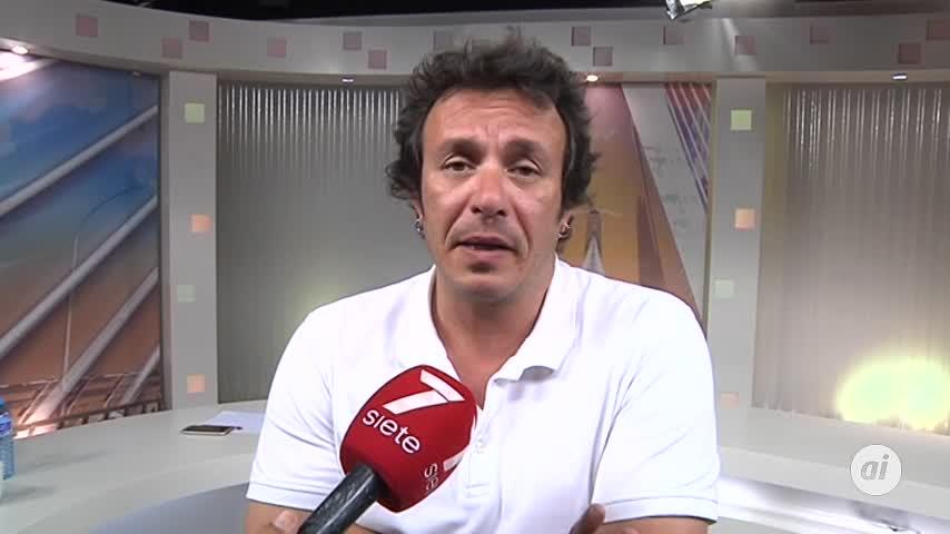 """""""Hay que impedir que la ultraderecha acceda al Ayuntamiento de Cádiz"""""""