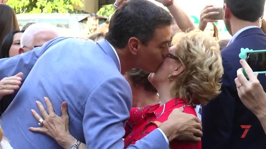Pedro Sánchez respalda a Mamen Sánchez en su paseo por Princi Jerez