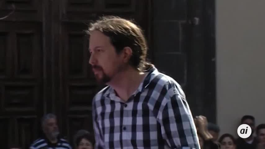 """Iglesias acusa a Rivera de estar """"loco y pasar por la derecha a Vox"""""""