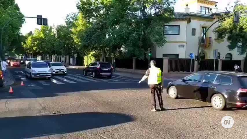 Heridas dos personas tras una colisión frontal entre dos vehículos
