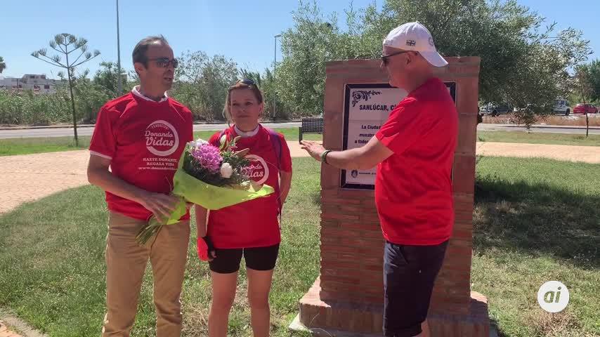 Sanlúcar se tiñe de rojo para concienciar sobre la donación de órganos
