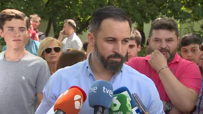"""Abascal valora la """"lealtad"""" de los concejales de Vox en Burgos"""