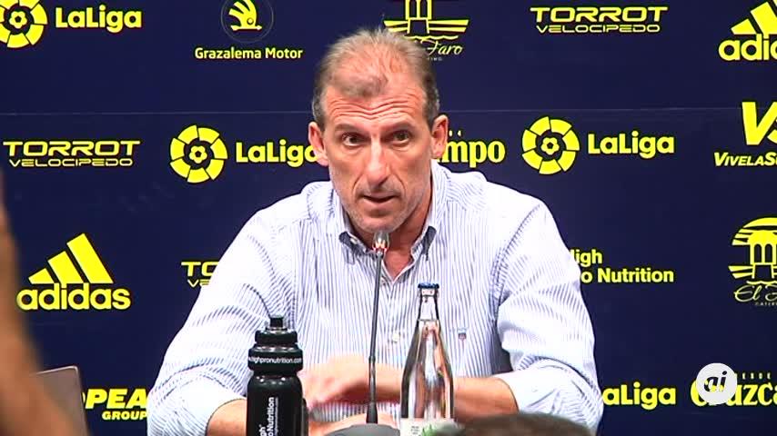 """Arias: """"Nunca ha habido dudas sobre la continuidad del entrenador"""""""