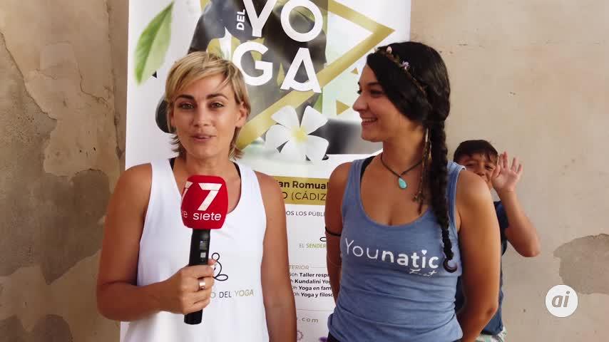 Yoga para todo tipo de personas en el Castillo de San Romualdo