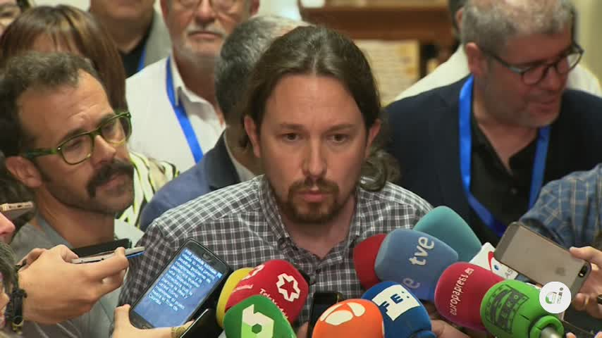 """Iglesias recuerda a Sánchez que negociar un gobierno es """"algo serio"""""""