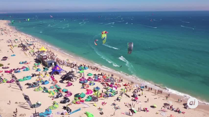Tarifa se prepara para otra cita con el mejor kitesurf mundial